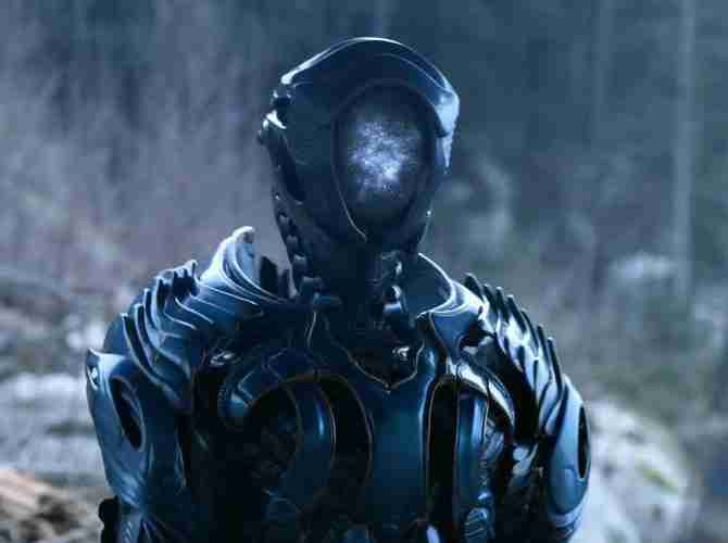 Netflix Lost in Space Robot